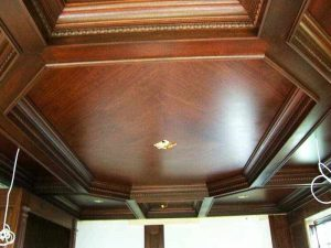 trang trí trần nhà bằng gỗ 10