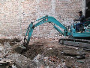 Đơn giá đào móng nhà bằng máy xúc loại nhỏ