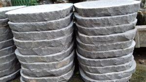 sân vườn lát đá