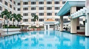 quy trình xây dựng bể bơi khách sạn