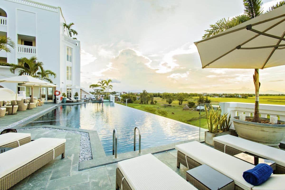 Tiêu chuẩn thiết kế bể bơi khách sạn