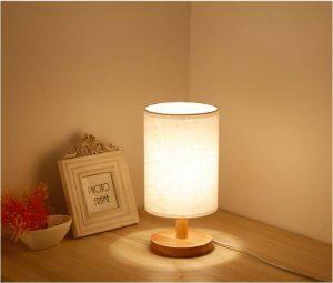 Đèn ngủ vật dụng trong phòng ngủ