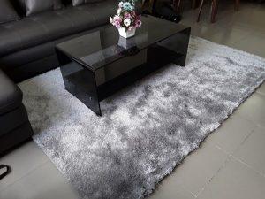 Thảm lông trải sàn phòng khách